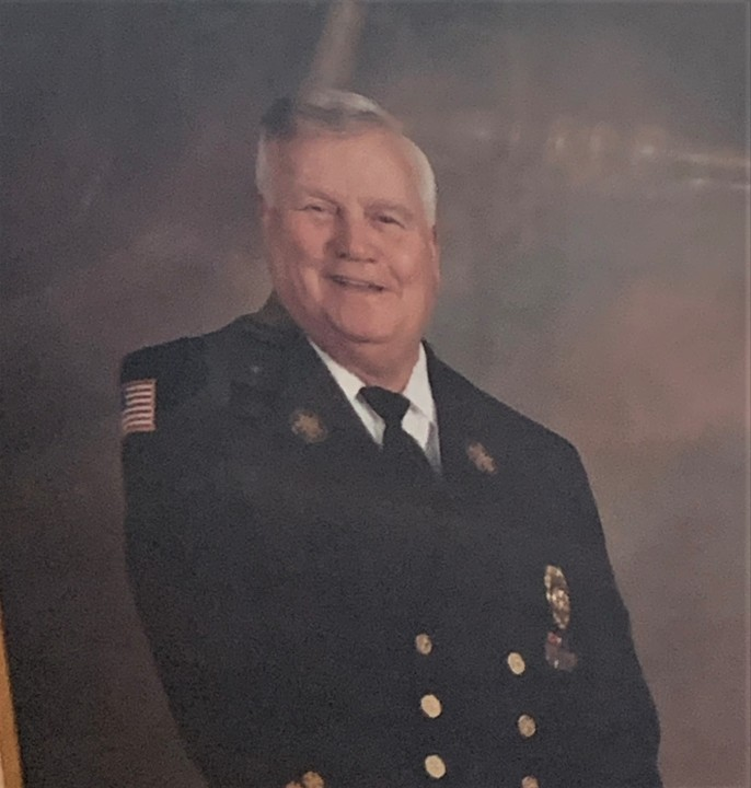 Doug Buckles, Chief Who Led JCFD During John Sevier Fire
