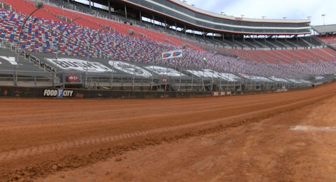 Time to play in the clay: Traditional 'dirt racers' weigh in on the upcoming Food City Dirt Race
